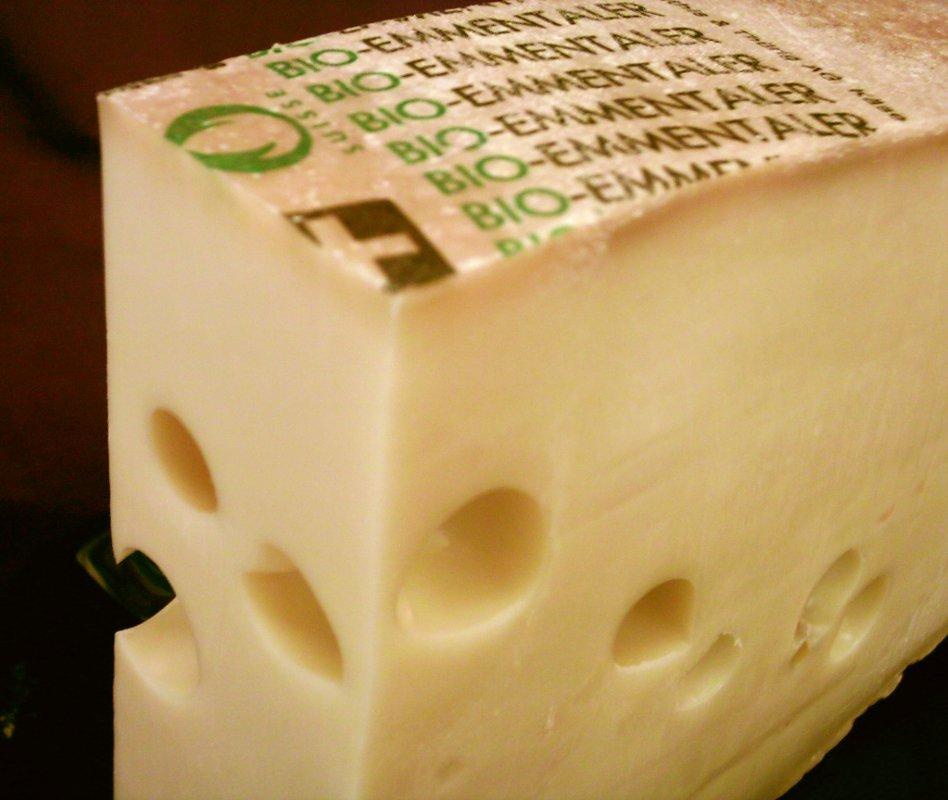 Metti una sera a cena Emmentaler Switzerland PDO Cheese, image by myself (Dominik Hundhammer - User:Zerohund, 25. May 2004)