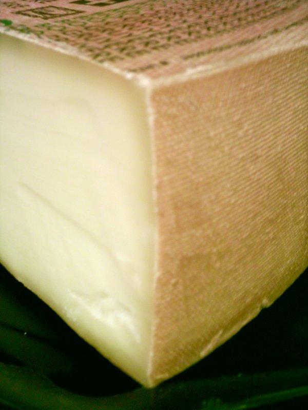 Metti una sera a cena Gruyère cheese. Photo by Dominik Hundhammer.